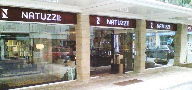 салон мебели, магазин Natuzzi, мягкая мебель, натуцци, элитная итальянская мебель, натуззи